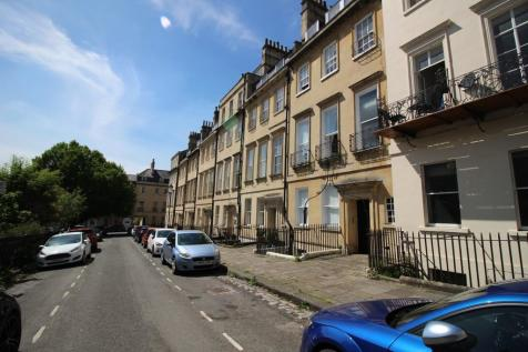 Catharine Place, Bath. 2 bedroom apartment