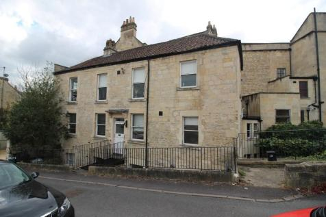 Upper East Hayes, Bath. 2 bedroom flat share