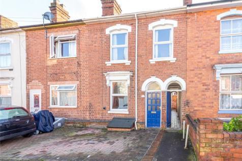 Chestnut Street, Worcester, WR1. 3 bedroom terraced house