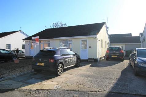 Worle, Weston-super-Mare. 2 bedroom semi-detached bungalow for sale