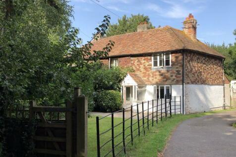 Main Road, Sellindge. 2 bedroom semi-detached house