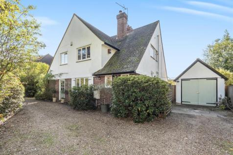 Horsell, Woking. 4 bedroom detached house for sale