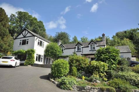 Graigfechan. 5 bedroom detached house for sale