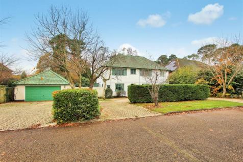 Woodham. 5 bedroom detached house for sale