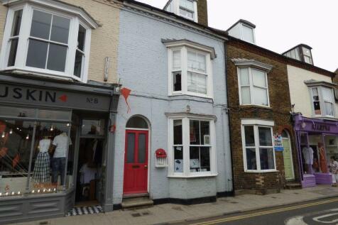 Harbour Street, Whitstable. 1 bedroom ground floor flat