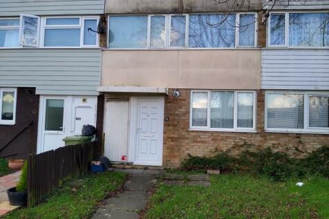 Santen Grove, Bletchley. 3 bedroom terraced house