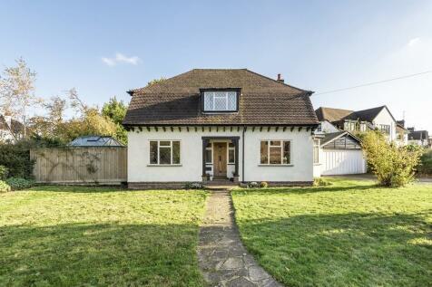 Crossway, Petts Wood. 4 bedroom detached house for sale