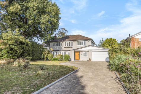 St Georges Road West, Bromley. 4 bedroom detached house for sale