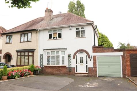 Somery Road, Dudley. 3 bedroom semi-detached house