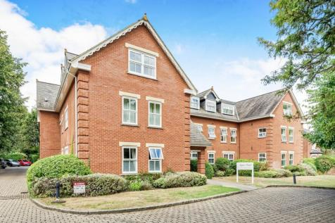 Napier Court, Broomhall Road, GU21. 2 bedroom apartment