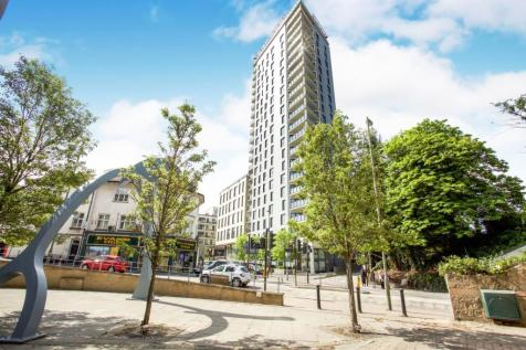 Olympian Heights, Guildford Road, GU22. 2 bedroom apartment