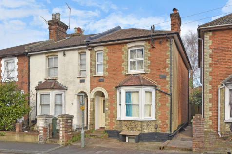 Student House, Town Centre. 5 bedroom semi-detached house