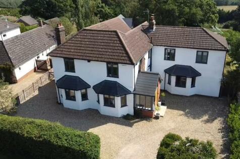 Clophill Road, Maulden, Bedfordshire, MK45. 7 bedroom detached house for sale