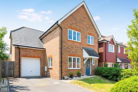 Selby Close, Burgess Hill. 4 bedroom detached house for sale