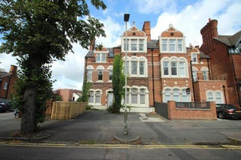 West Walk, Leicester, Leicestershire, LE1 7NA. 17 bedroom villa