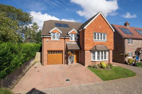 Farmers Way, Horndean, PO8 9GY. 6 bedroom detached house