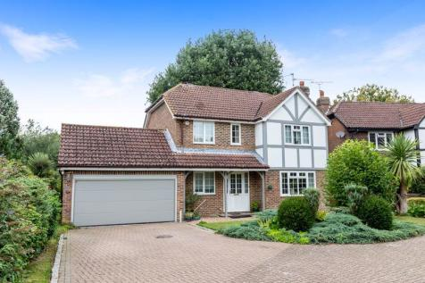 Little Comptons, Horsham, West Sussex, RH13 5UW. 4 bedroom detached house