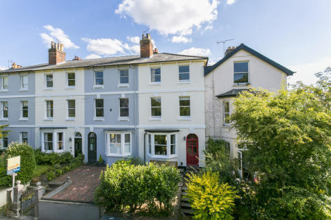 Grove Hill Road, Tunbridge Wells. 4 bedroom end of terrace house for sale