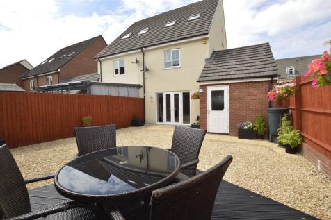 Normandy Drive, Yate, BRISTOL, BS37. 3 bedroom semi-detached house for sale