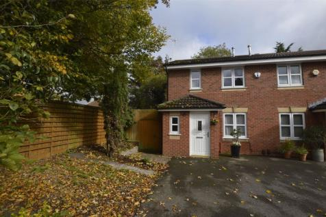 Wharfdale Square, Cheltenham, Gloucestershire, GL51. 3 bedroom end of terrace house for sale