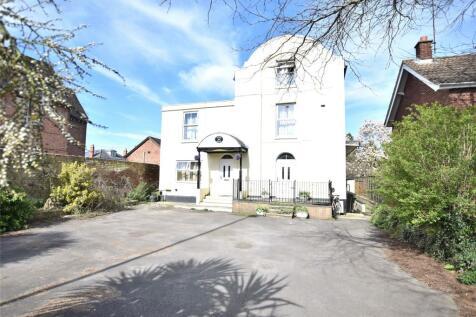 London Road, Gloucester, Gloucestershire, GL1. 6 bedroom detached house for sale