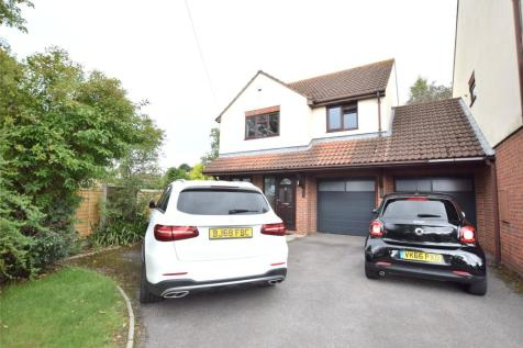 Estcourt Road, Gloucester, Gloucestershire, GL1. 4 bedroom link detached house for sale