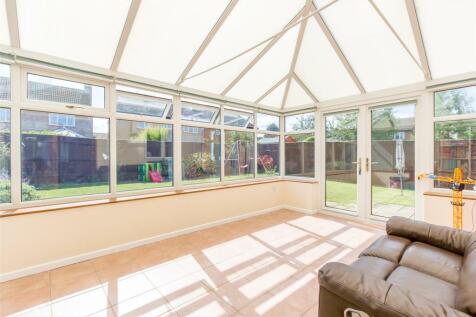 Loyd Close, ABINGDON, Oxfordshire, OX14. 4 bedroom detached house