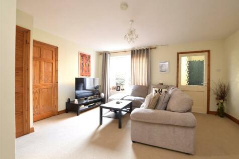 Sadlers Court, ABINGDON, Oxfordshire, OX14. 2 bedroom apartment