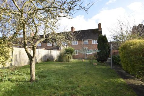 St. Marys Green, ABINGDON, Oxfordshire, OX14. 3 bedroom end of terrace house