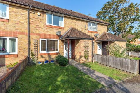 Challenor Close, Abingdon, OX14. 2 bedroom terraced house