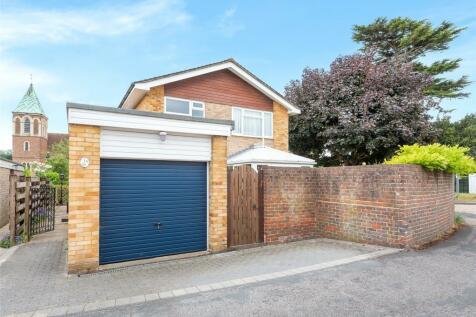 Burnham Drive, Reigate, Surrey, RH2. 3 bedroom detached house for sale