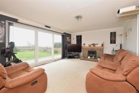 Sea Front, Hayling Island, Hampshire. 5 bedroom detached house for sale