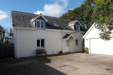 Truro. 4 bedroom detached house