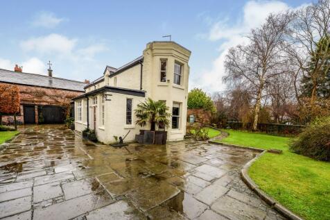 Fulwood Park, Aigburth, Liverpool, Merseyside, L17. 5 bedroom detached house for sale