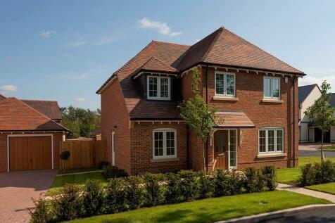 Cleresden Rise, Cliddesden, Basingstoke, Hampshire, RG25. 4 bedroom detached house