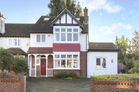 Carlyle Road, Croydon. 4 bedroom detached house