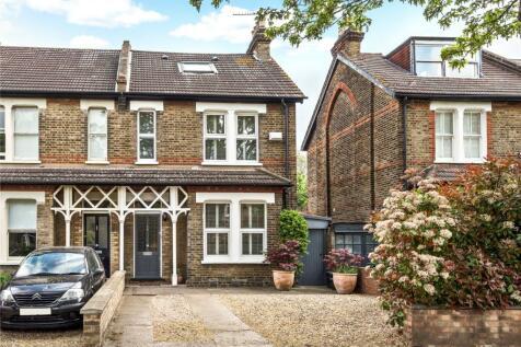 Barnmead Road, Beckenham. 4 bedroom semi-detached house