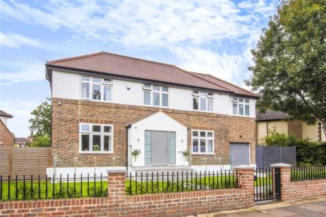 Foxgrove Avenue, Beckenham. 4 bedroom detached house for sale