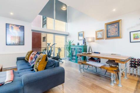 Dunlop Street, Glasgow, Lanarkshire, G1. 2 bedroom flat for sale