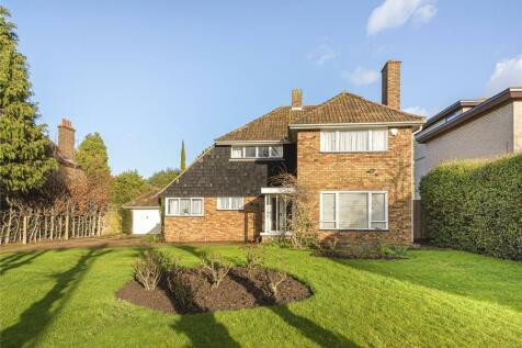 Heathfield Lane, Chislehurst. 3 bedroom detached house for sale