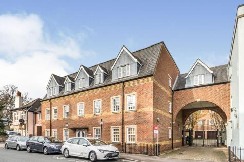 Castle Mews, St. Thomas Street, Oxford, Oxfordshire, OX1. 2 bedroom flat for sale