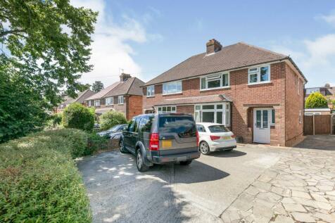 Rydes Hill Road, Guildford, Surrey, United Kingdom, GU2. 3 bedroom semi-detached house for sale