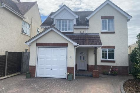 Grand Parade, Hayling Island, Hampshire, ., PO11. 4 bedroom detached house for sale