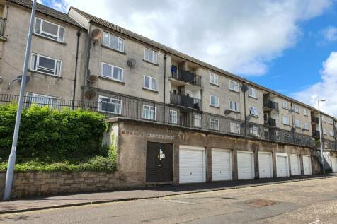 Grange Street, Kilmarnock, East Ayrshire, KA1. 2 bedroom flat