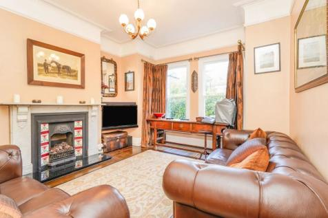 Thorpe Road, Norwich, Norfolk, NR1. 6 bedroom end of terrace house for sale