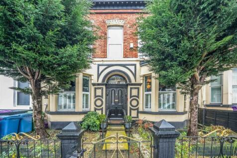Hampstead Road, Kensington, Liverpool, Merseyside, L6. 8 bedroom terraced house