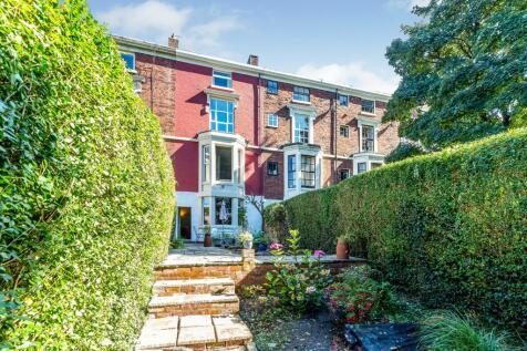 Wellington Street, Ashton, Preston, Lancashire, PR1. 4 bedroom terraced house