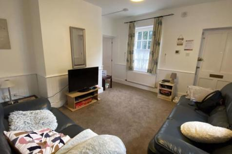 Orient Place, Canterbury Ref - 2556. 2 bedroom house
