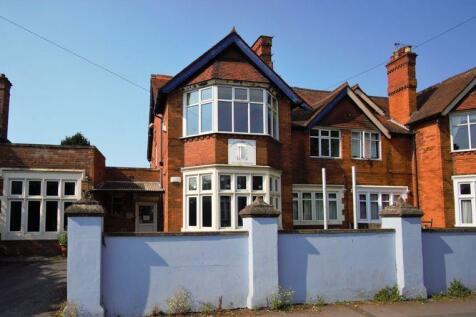 Stroud Road, Linden, Gloucester. 5 bedroom house for sale