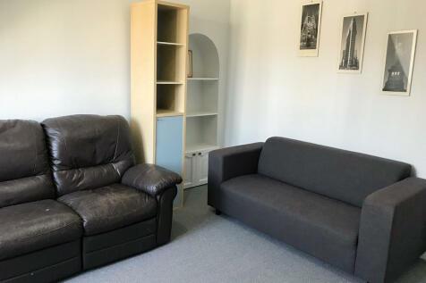 Mount Street . 2 bedroom flat